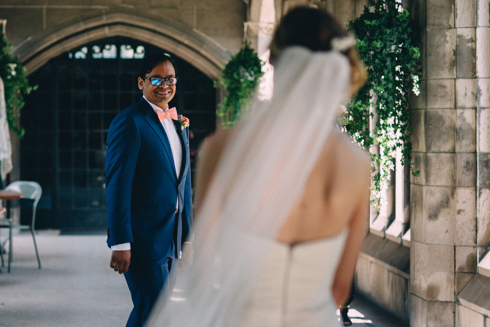 Knox-College-Toronto-wedding-photos-by-Sam-Wong-of-Artanis-Collective_22.jpg