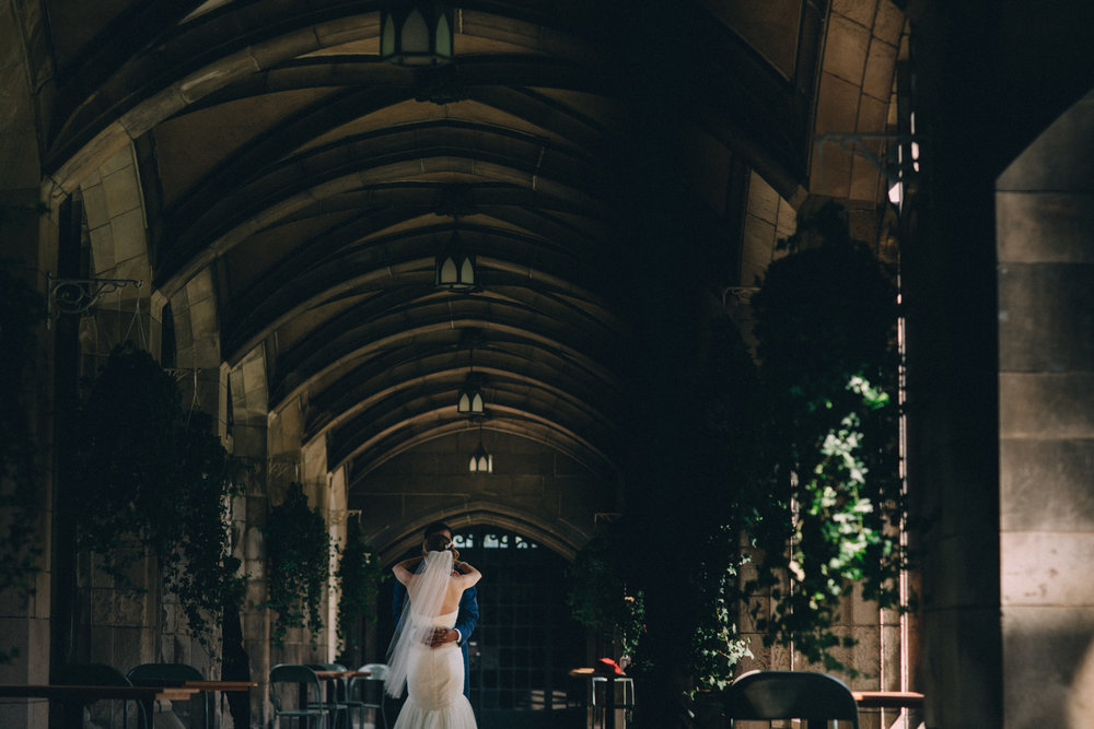 Knox-College-Toronto-wedding-photos-by-Sam-Wong-of-Artanis-Collective_24.jpg