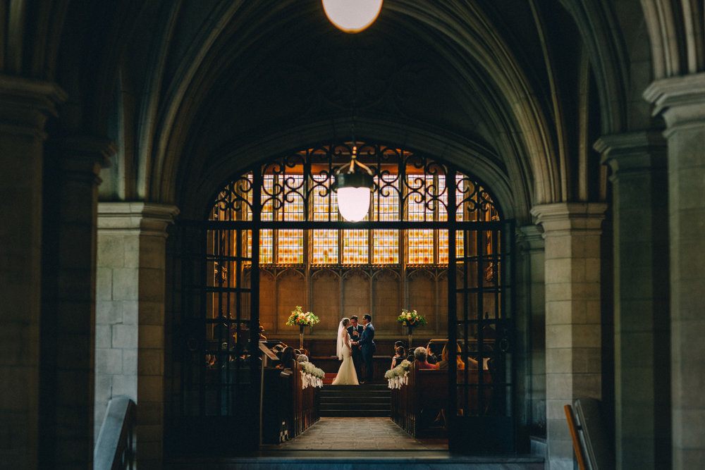 Knox-College-Toronto-wedding-photos-by-Sam-Wong-of-Artanis-Collective_31.jpg