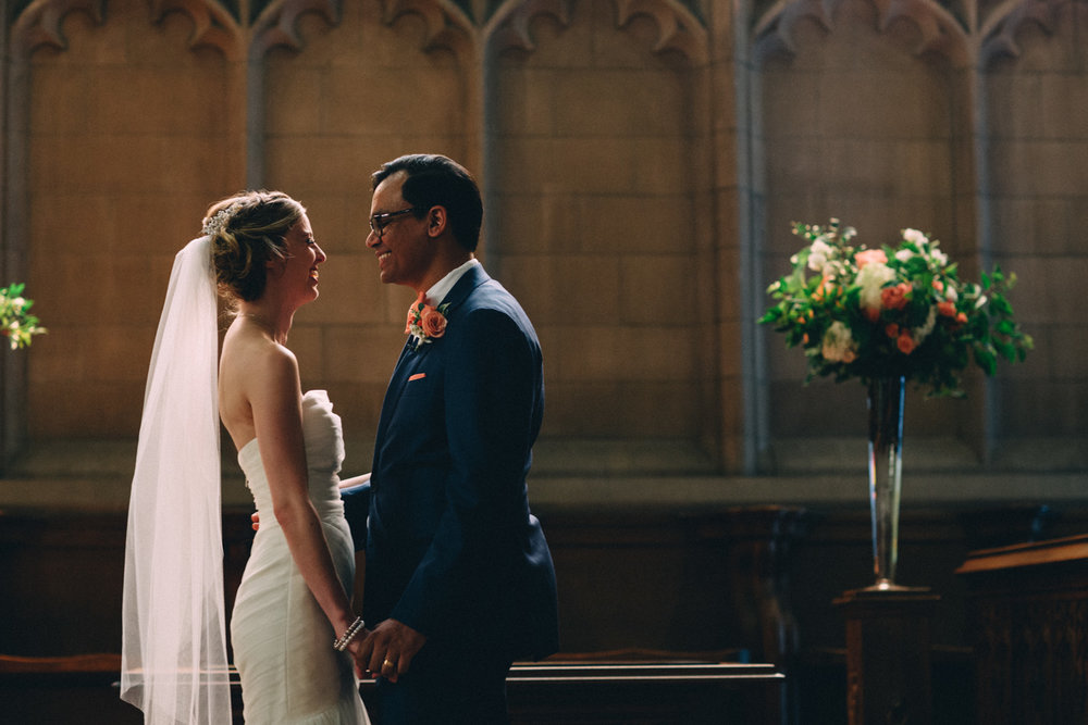 Knox-College-Toronto-wedding-photos-by-Sam-Wong-of-Artanis-Collective_30.jpg