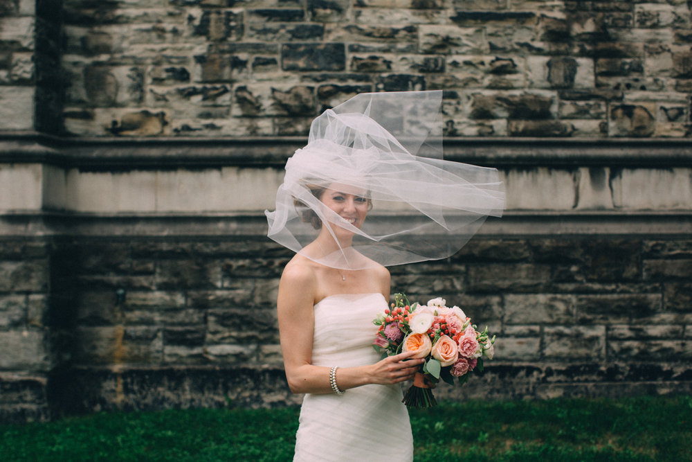 Knox-College-Toronto-wedding-photos-by-Sam-Wong-of-Artanis-Collective_35.jpg