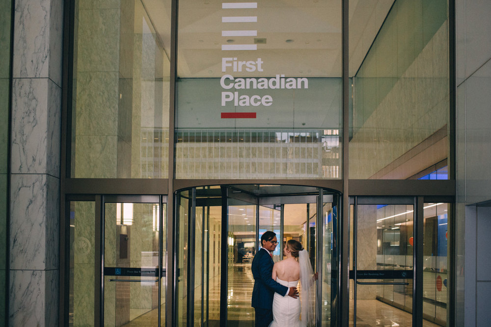 Knox-College-Toronto-wedding-photos-by-Sam-Wong-of-Artanis-Collective_46.jpg