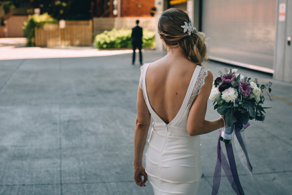 Steam-Whistle-Brewery-wedding-photos-Toronto-wedding-photography-by-Sam-Wong-of-Artanis-Collective_17.jpg