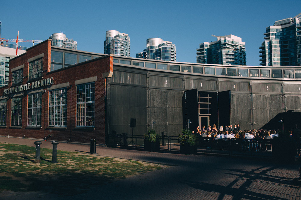 Steam-Whistle-Brewery-wedding-photos-Toronto-wedding-photography-by-Sam-Wong-of-Artanis-Collective_37.jpg