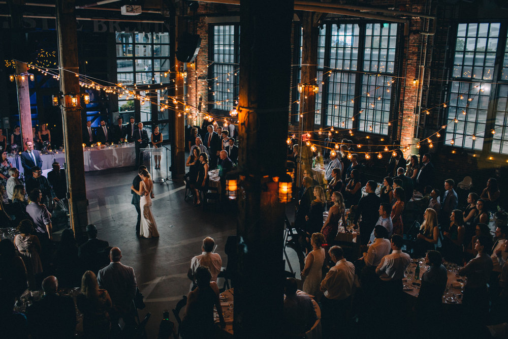 Steam-Whistle-Brewery-wedding-photos-Toronto-wedding-photography-by-Sam-Wong-of-Artanis-Collective_52.jpg