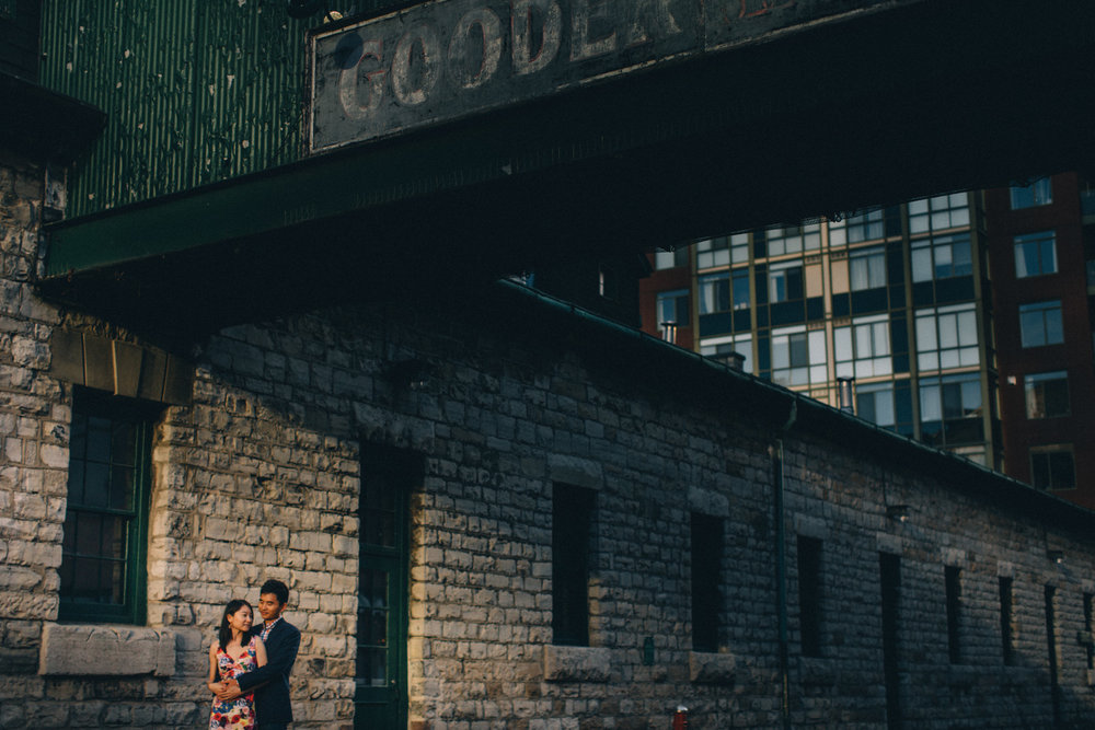 Distillery-District-engagement-photos-Toronto-wedding-photography-by-Sam-Wong-of-Artanis-Collective_018.jpg
