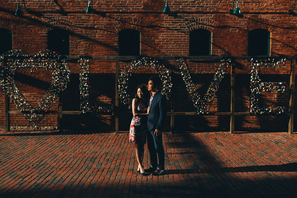 Distillery-District-engagement-photos-Toronto-wedding-photography-by-Sam-Wong-of-Artanis-Collective_021.jpg