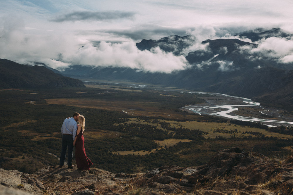 Patagonia-engagement-photography-in-El-Chalten-Argentina-by-lifestyle-photographer-Sam-Wong-of-Artanis-Collective_38.jpg