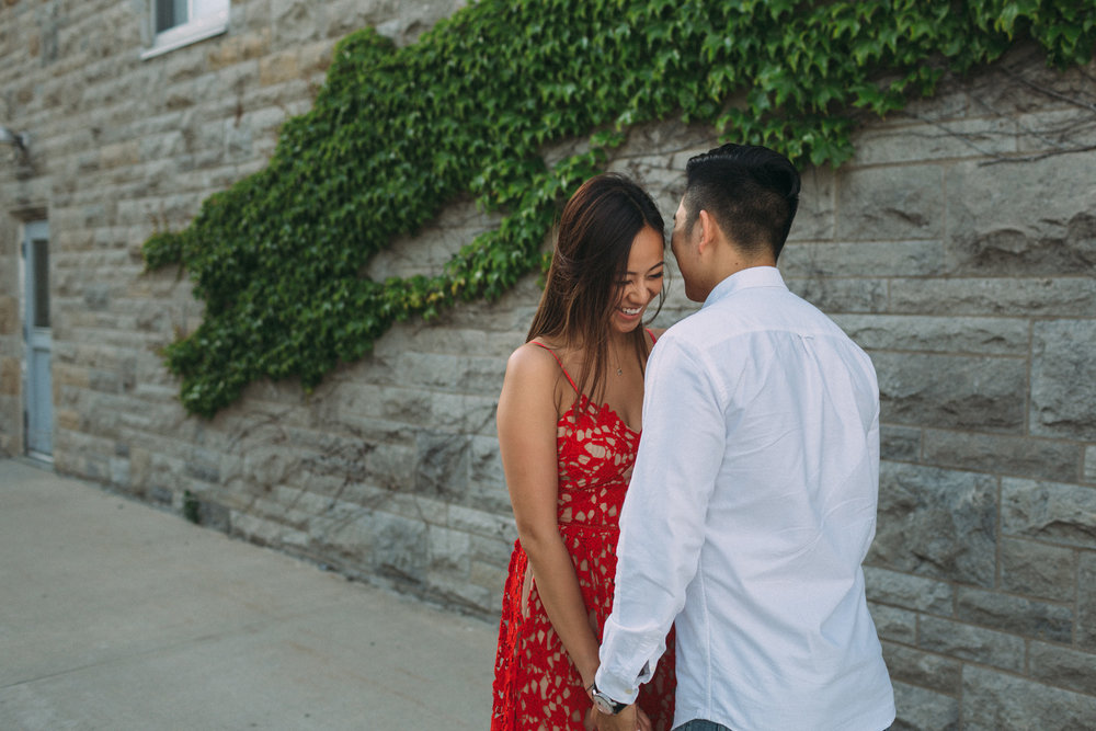 Queens-University-engagement-session-Kingston-Christine-and-Michael-by-Sam-Wong-of-Artanis-Collective_009.jpg