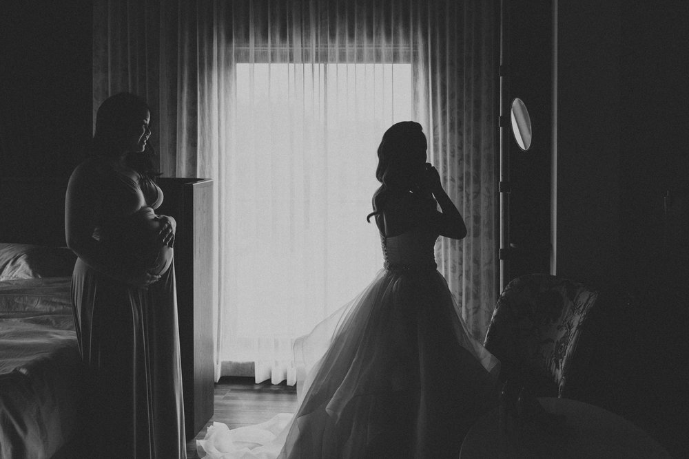 District-28-wedding-photography-by-Sam-Wong-of-Artanis-Collective_0016.jpg
