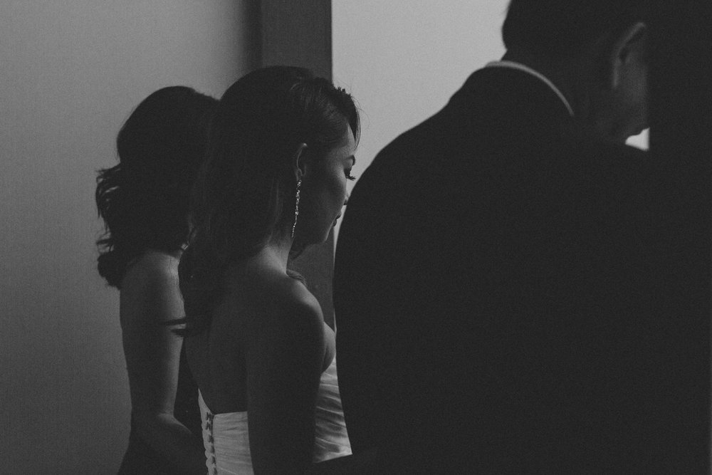 District-28-wedding-photography-by-Sam-Wong-of-Artanis-Collective_0030.jpg