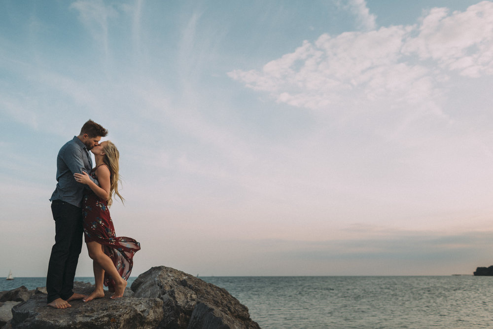 Toronto-Island-engagement-session-and-CNE-Laurie-and-Craig-by-Sam-Wong-of-Artanis-Collective_015.jpg