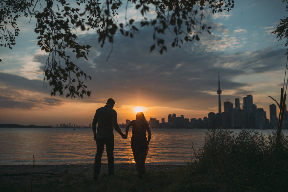 Toronto-Island-engagement-session-and-CNE-Laurie-and-Craig-by-Sam-Wong-of-Artanis-Collective_019.jpg