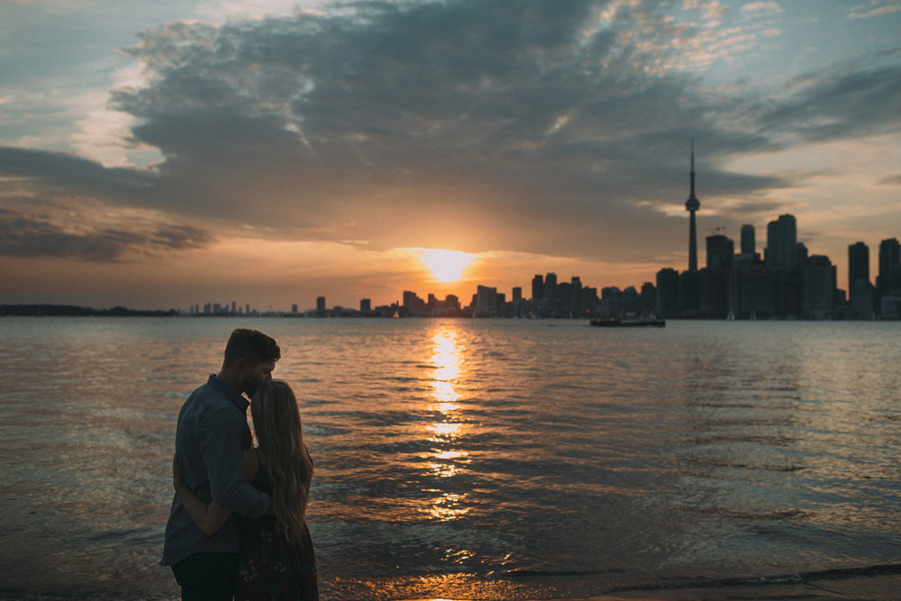 Toronto-Island-engagement-session-and-CNE-Laurie-and-Craig-by-Sam-Wong-of-Artanis-Collective_021.jpg