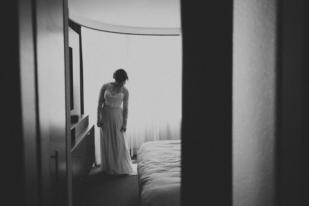 Malaparte-wedding-photography-Toronto-by-Sam-Wong-of-Artanis-Collective-Mary-Anne-Bourne_010.jpg