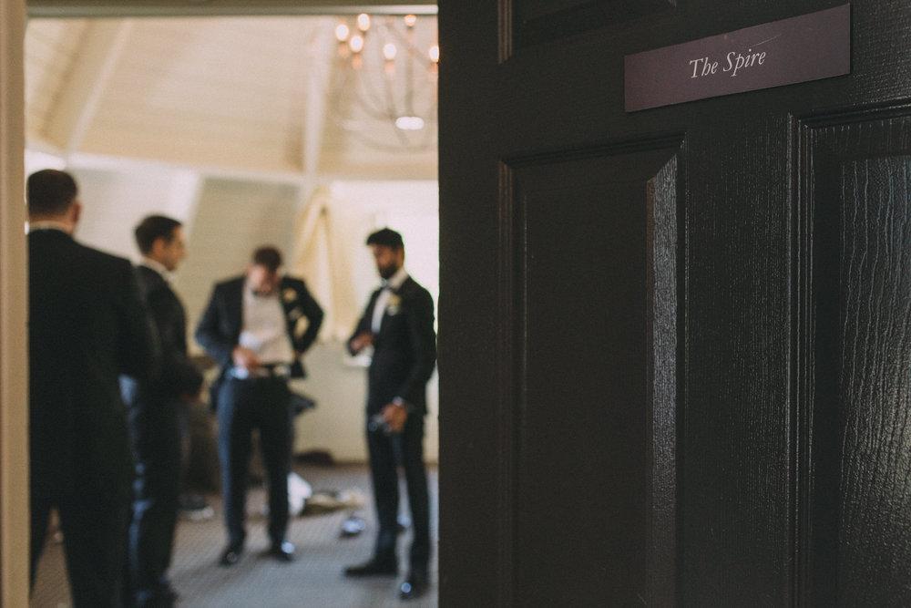 Langdon-Hall-wedding-photography-Cambridge-by-Sam-Wong-of-Visual-Cravings_Sarah-Ryan_07.jpg