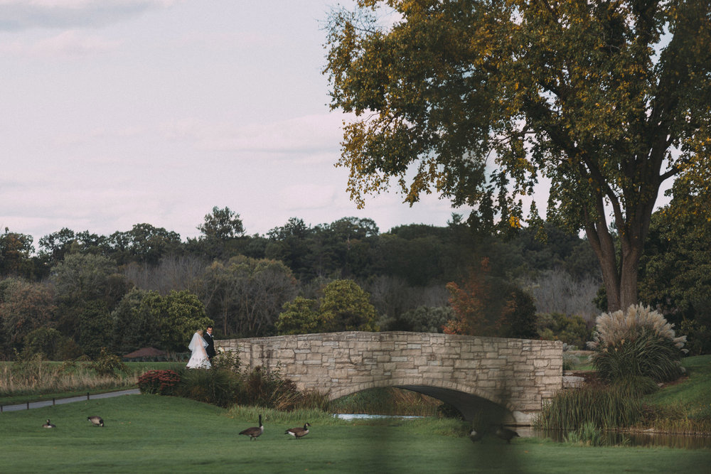 Mississaugua-Golf-and-Country-Club-wedding-photography-Emma-and-Nigel-by-Sam-Wong-of-Visual-Cravings_35.jpg