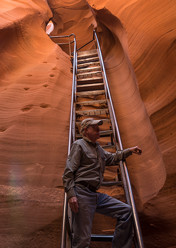 Bob poses at the bottom of one of the ladders in Lower Antelope Canyon.
