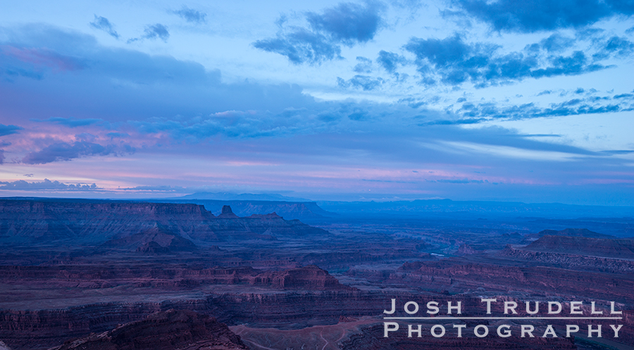 I ended the trip to Arizona and Utah with a beautiful morning at Dead Horse Point.
