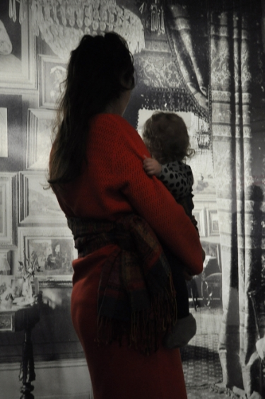 Mila Oshin with daughter, 2013, photo credit: Kris Jager
