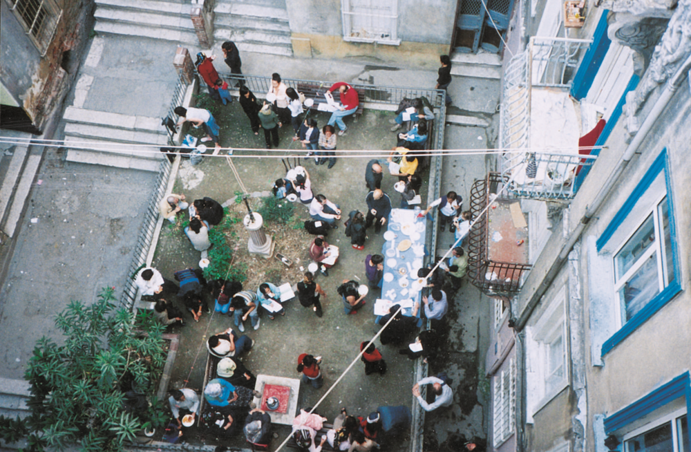 Galata, September 20th, 2003. Oda Projesi's courtyard during  «COURSE» a project by Naz Erayda in the 8th Istanbul Biennale 'Poetic Justice' and « ADA » project by Oda Projesi.