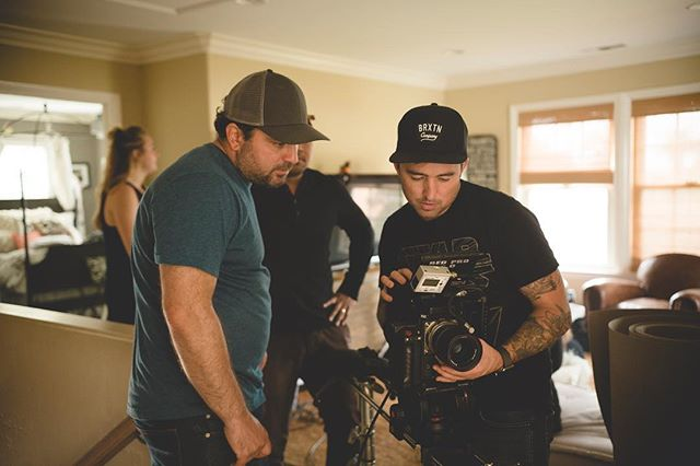 Framing the shot. 🎥 In this moment our DP @mattmangham works closely with gaffer @calabrialightingandgrip to ensure the frame is ready to roll.  #purecinema #bts