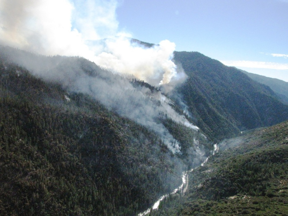 The 2010 Sheep Fire as it moved down toward the Kings Rivers. Photo: NPS.