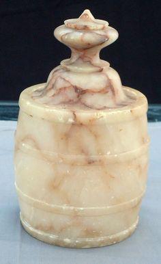 a8b2c091999fd9127a8700eb8704b7ad--alabaster-vases.jpg