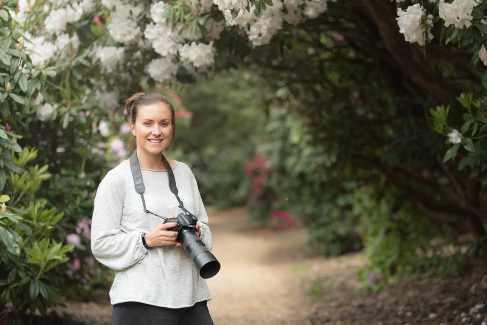 Fiona Norman Photographer with camera Berkshire