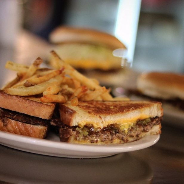 Cheese Supreme from Miner-Dunn #classic #minerdunn #onlythebest #burgertime #lunch #dinner #highlandindiana #nwi #theregion