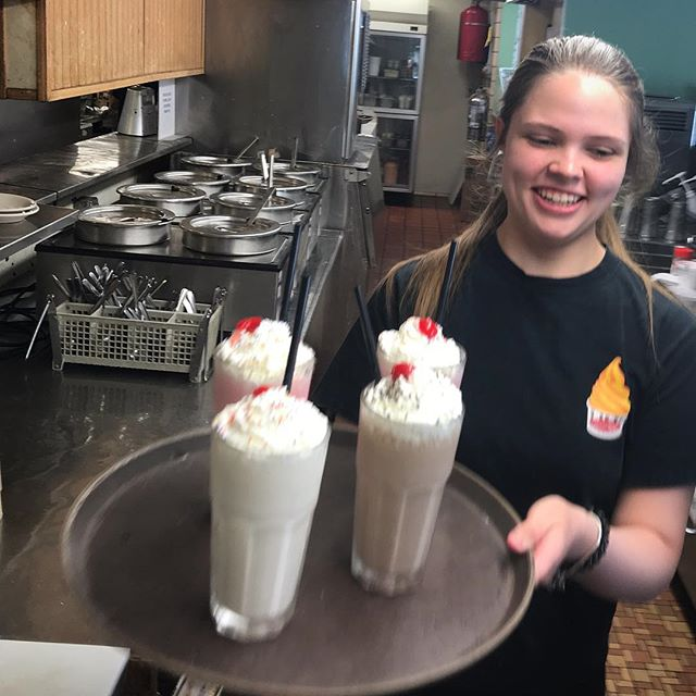 Your milkshake is on the way! #minerdunn #highlandindiana #milkshake #diner #handspun #delicious #yum #treatyourself #getinmybelly #Chocolate #Desserttable #Nomnom #Foodpics #Instafood #Desserttime #Delish #Icecream