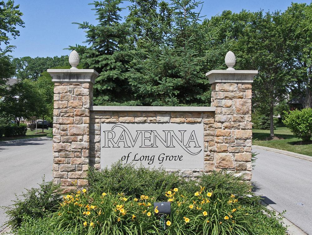 Revenna-Monument-sign.jpg