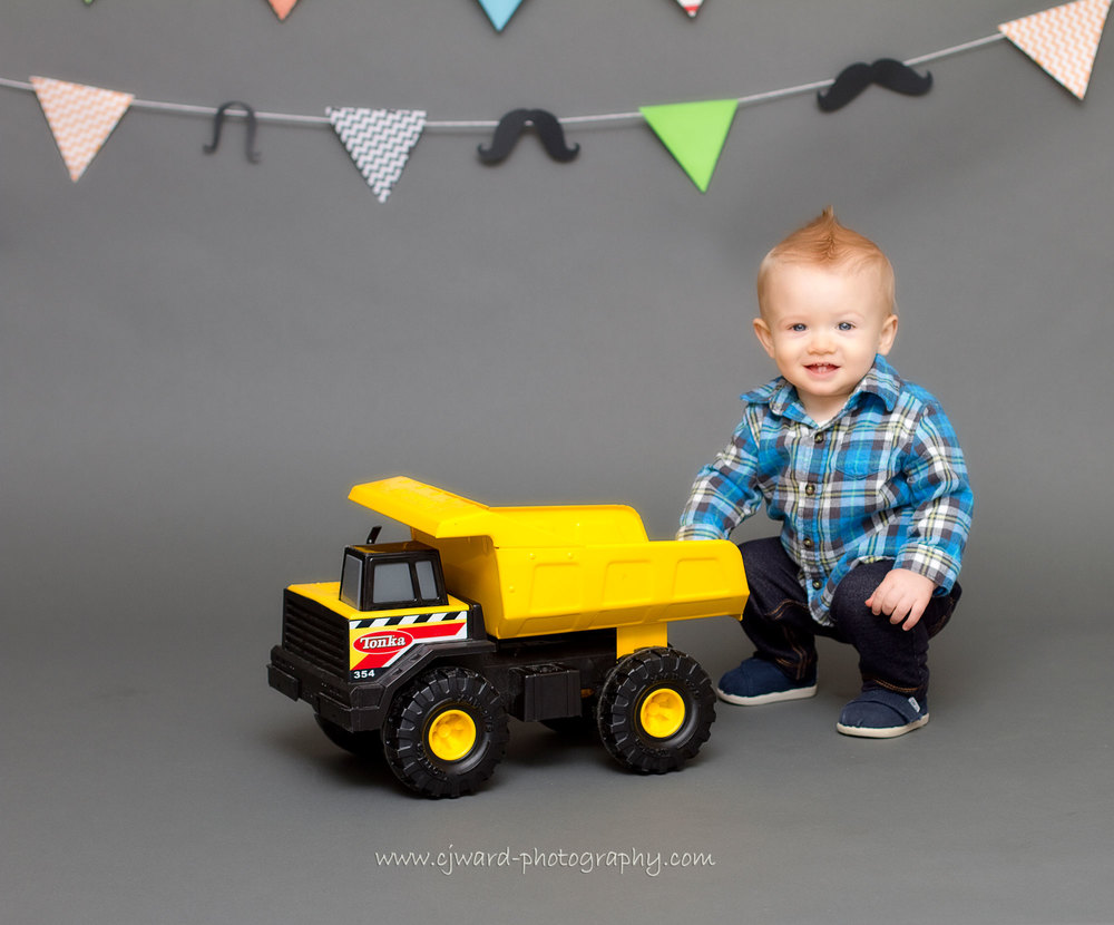 Boise-Kid-Photographer-First-Birthday-CJ-Ward-Photography-7.jpg
