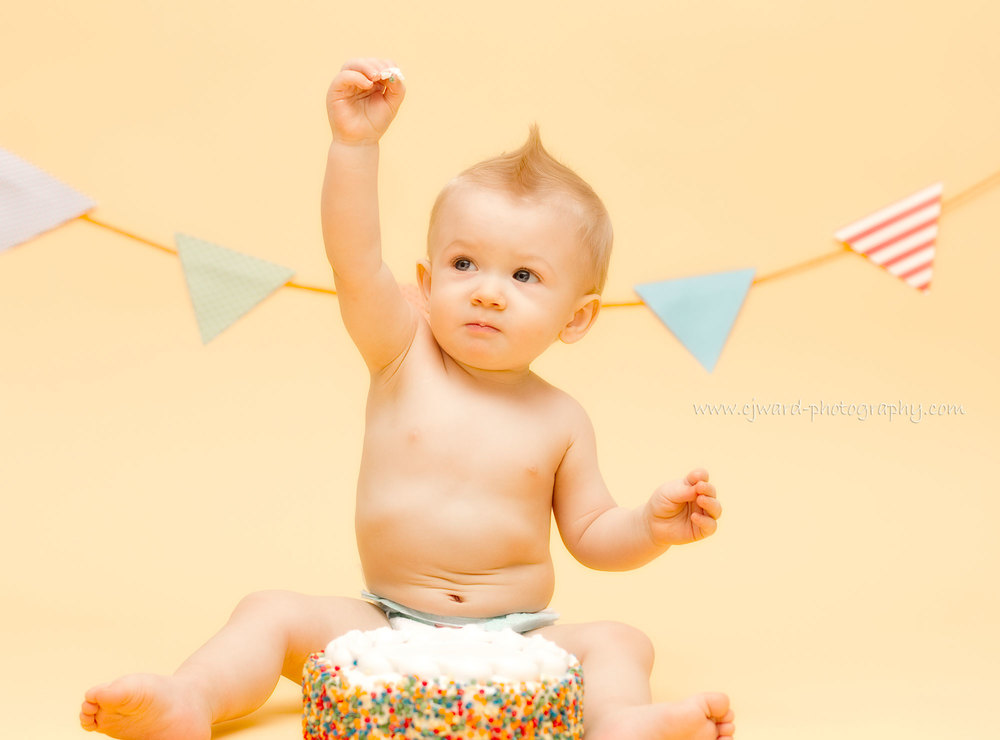 Boise-Kid-Photographer-First-Birthday-CJ-Ward-Photography-11.jpg