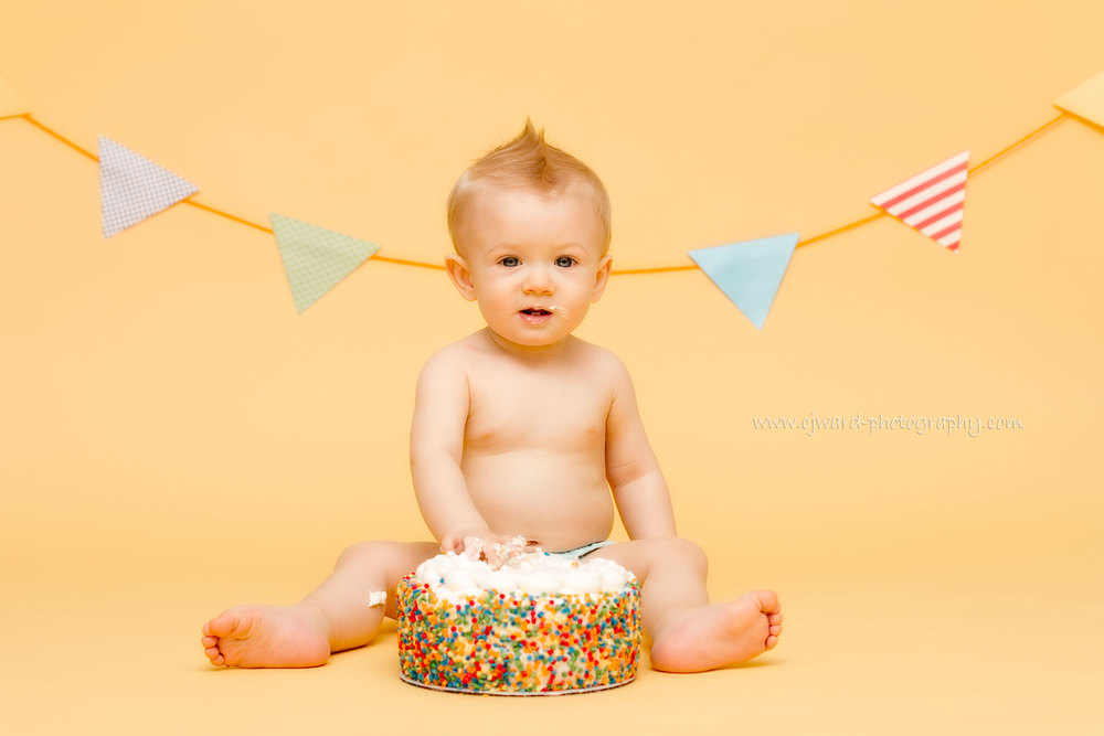 Boise-Kid-Photographer-First-Birthday-CJ-Ward-Photography-13.jpg