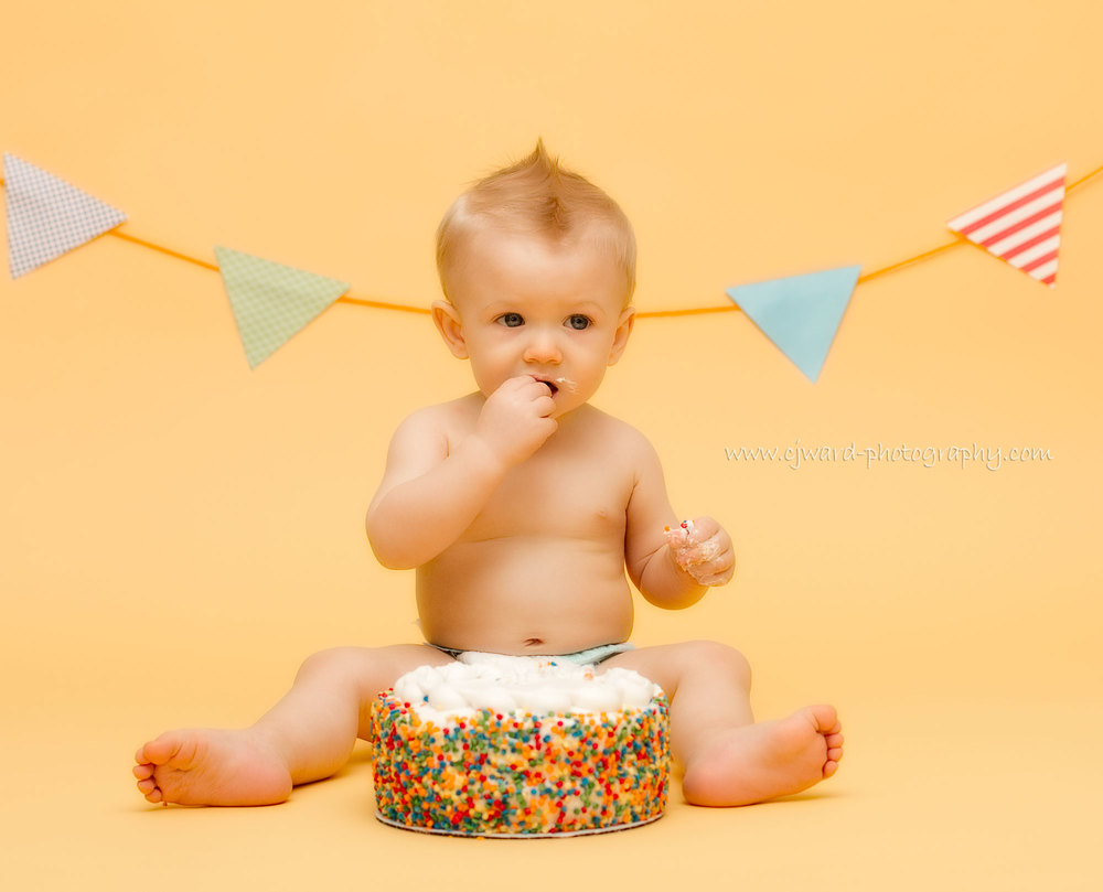 Boise-Kid-Photographer-First-Birthday-CJ-Ward-Photography-12.jpg