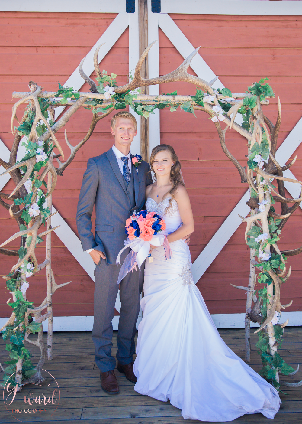 Boise-Wedding-Photographer-Mountain-Wedding-CJ-Ward-Photography-19.png