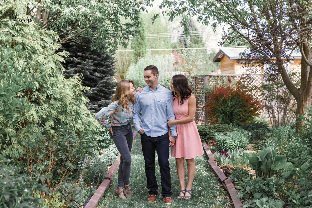 Boise-Family-Photographer-Greenhouse-Photoshoot-CJ-Ward-Photography8.jpg
