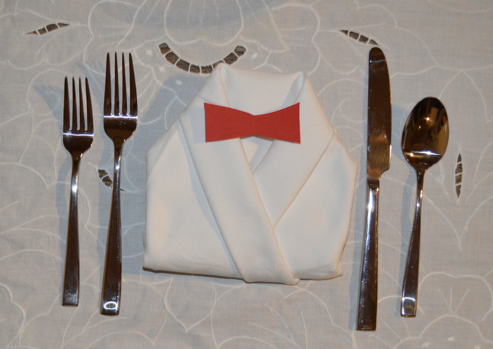 The dress code extended to each place setting.