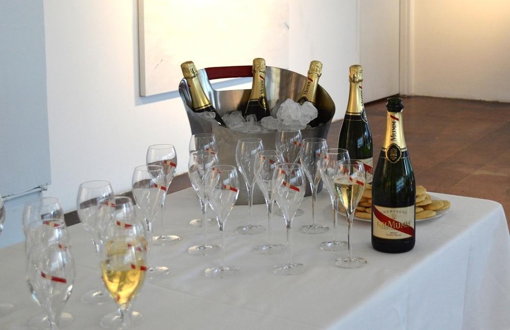 GH Mumm champagne
