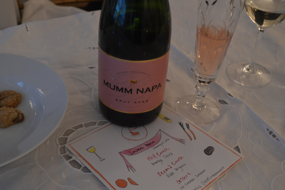 Cookies and Mumm Napa rosé. A great pairing!