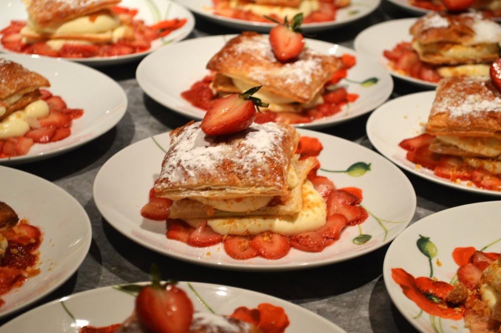 Millie Foglie with Macadamia, Strawberries