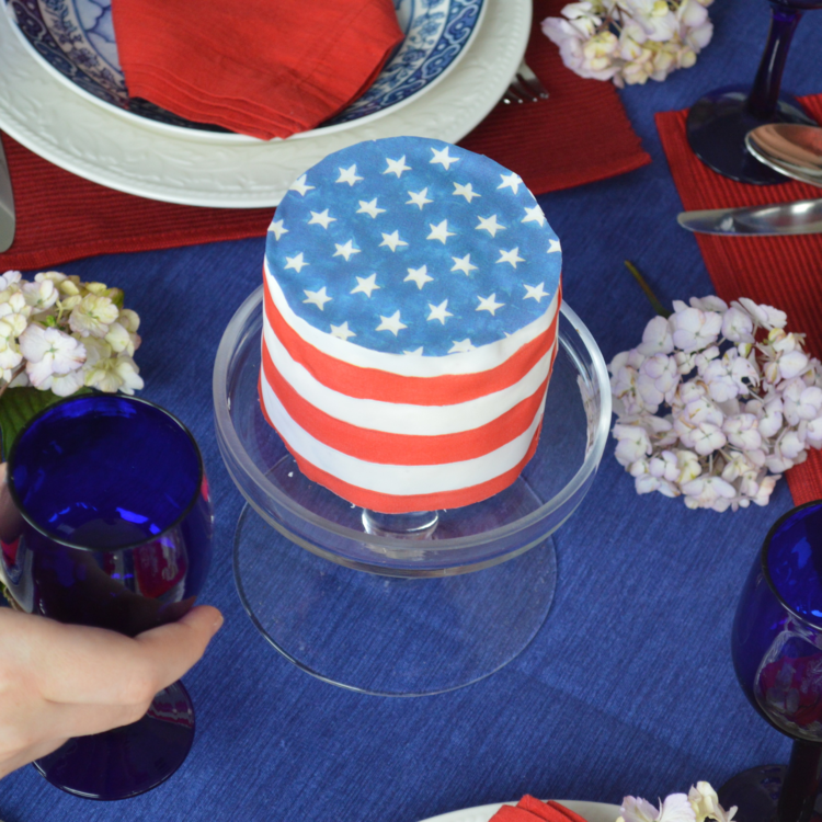American Flag cake with Caprices Chefanie Sheets. When ordering, note that you want your sheet to be an American flag.