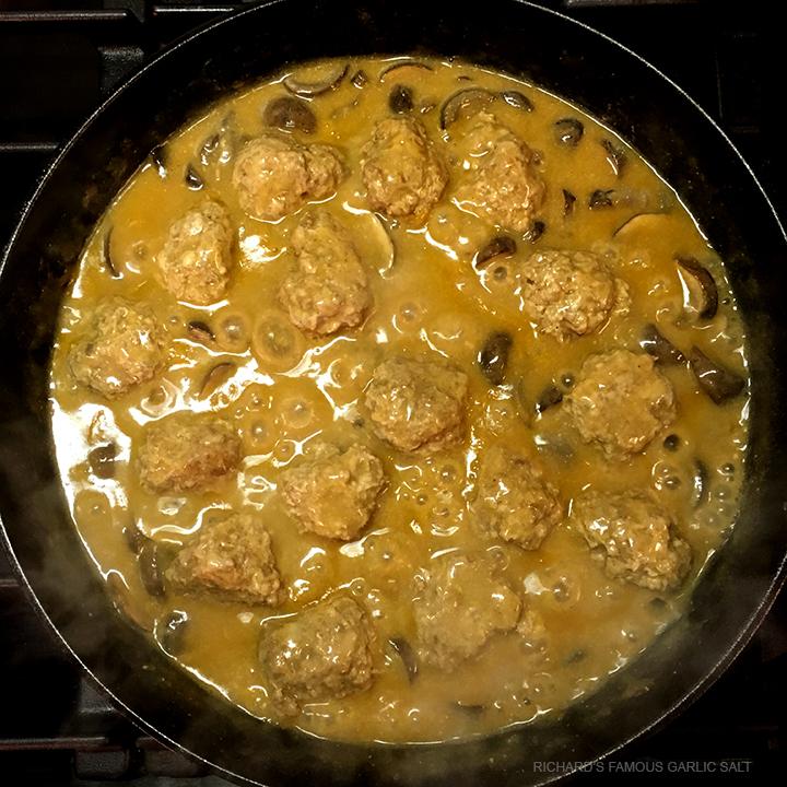 Richard's Famous Golden Mushroom Sauce