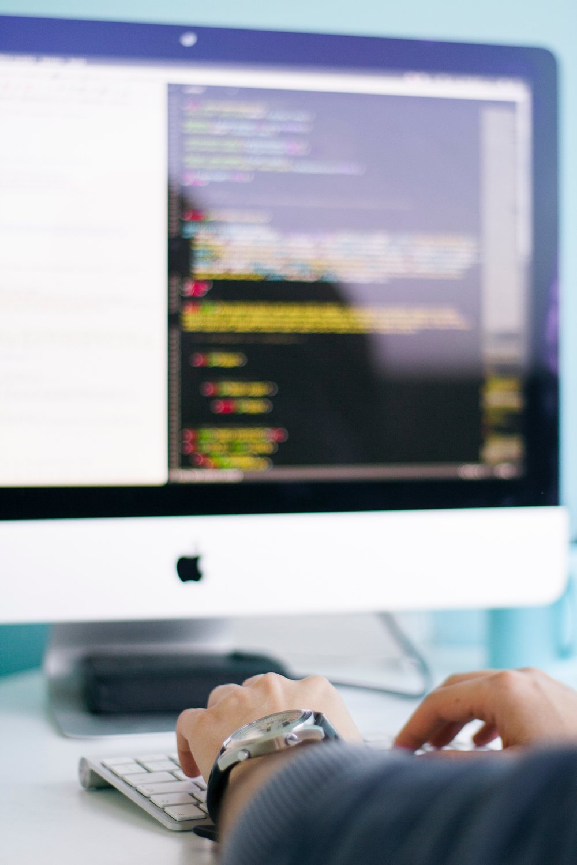 INVESTIGACIÓN Y MONITOREO DIGITAL - Implementamos y monitoreamos los medios digitales y tradicionales buscando la máxima rentabilidad.