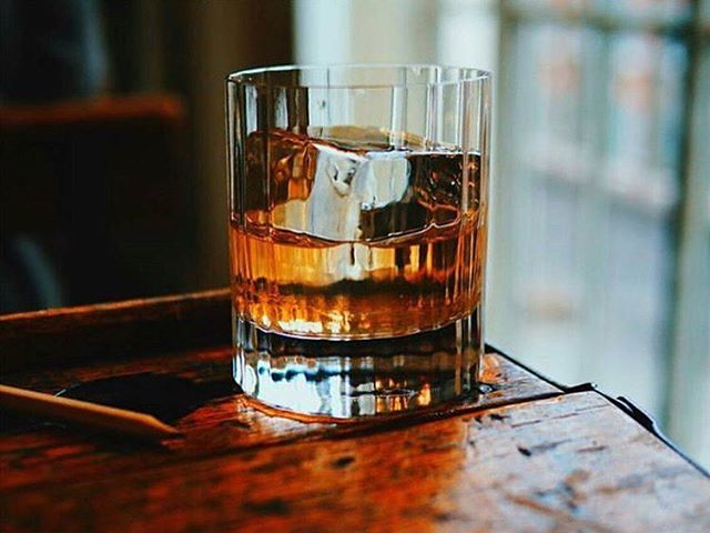 It's that time of year again! Bourbon Bash is back! Experience Kentucky's finest bourbons June 10th in NYC and DC. Visit nycbourbonbash.com and dcbourbonbash.com for tickets! . . . . . . . . . . . #bourbon #kentucky #kentuckysfinest #drinks #nycevents #dcevents #bourbonbash #happyhour #mdw #cheers #cocktails #crafthospitality