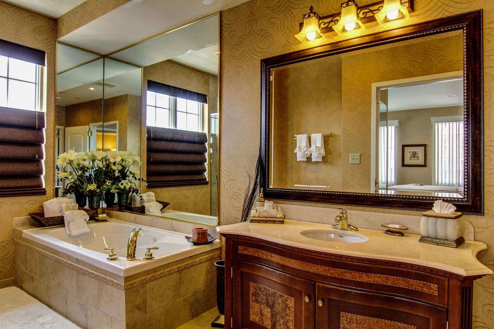 Fleur De Lis Bathroom.jpg