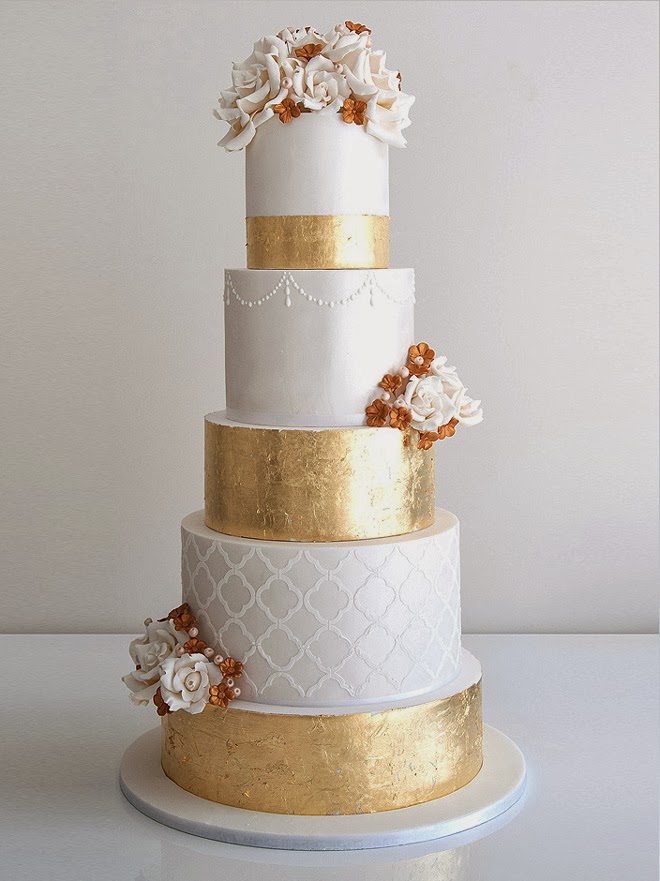 metallic-cake-the530bride.jpg
