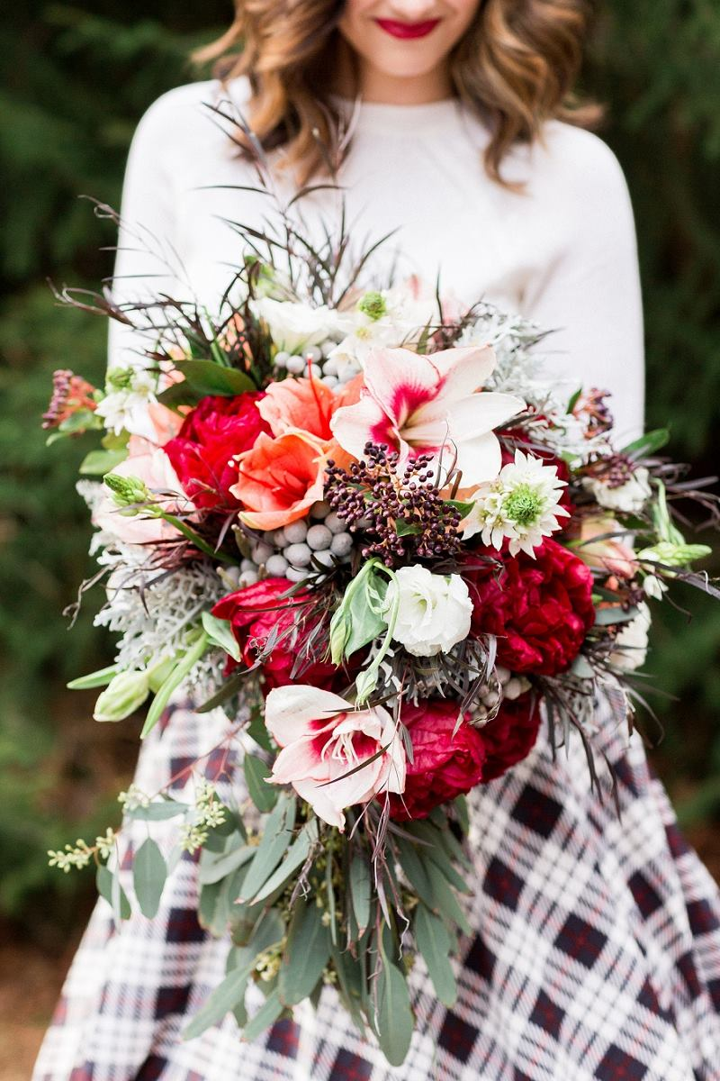 Photography by  TreCreative  Featured on  OnTheGoBride  ~ Styled Shoot featuring  Molly Ryan Floral ,  The Idea Emporium