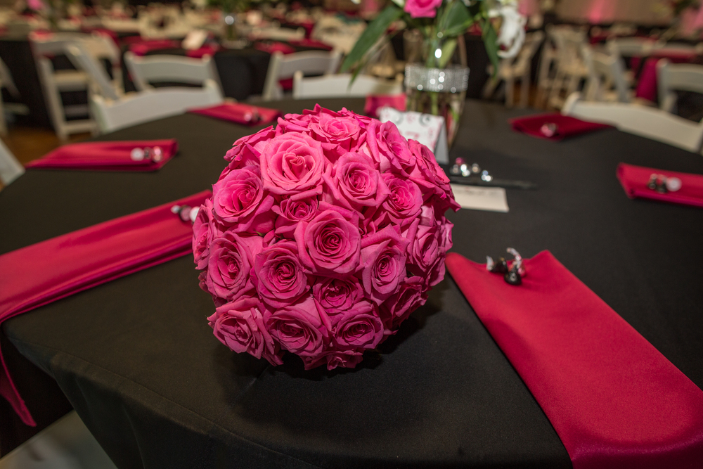 pink roses bouquet-the530bride